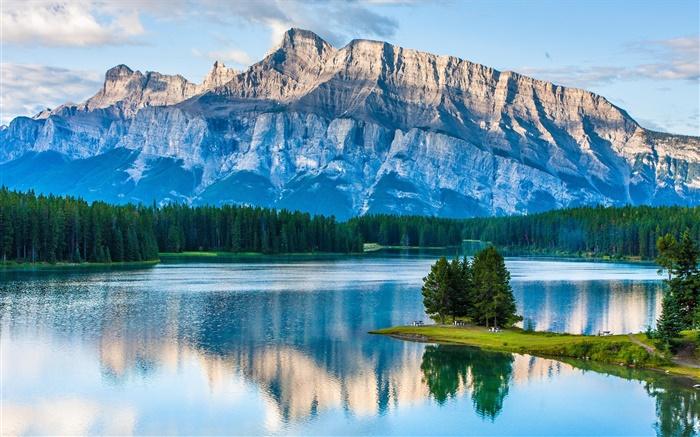 Two jack lake parc national banff alberta canada - Maison mountain range irving smith jack ...