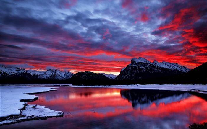 Ciel rouge nuages lueur coucher de soleil montagne lac neige hiver hd fonds d 39 cran - Photo coucher de soleil montagne ...