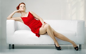 Robe rouge fille sexy, jambes, canapé HD Fonds d'écran
